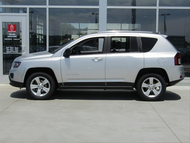 Pre Owned Jeep Compass Sport Suv In The Milwaukee Area