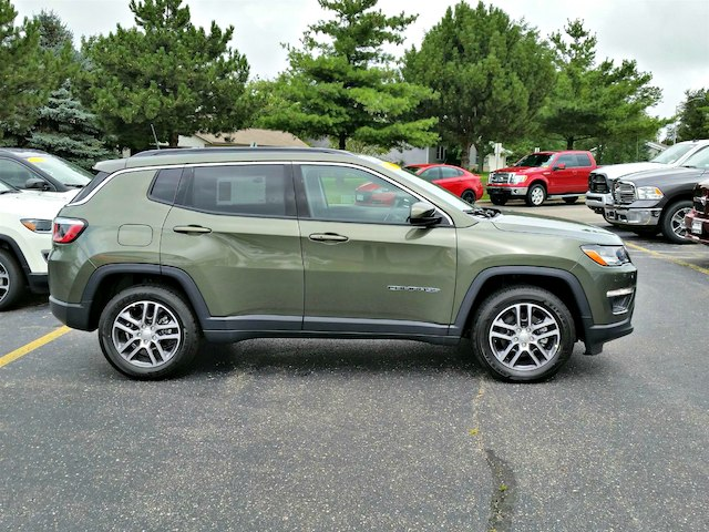 2018 jeep compass sport. contemporary 2018 new 2018 jeep compass latitude in jeep compass sport i