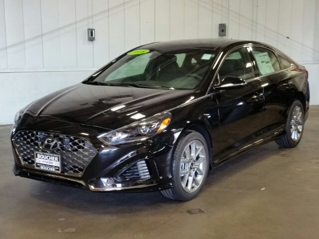 New 2018 Hyundai Sonata 2 0t 4d Sedan In The Milwaukee Area 18hs223