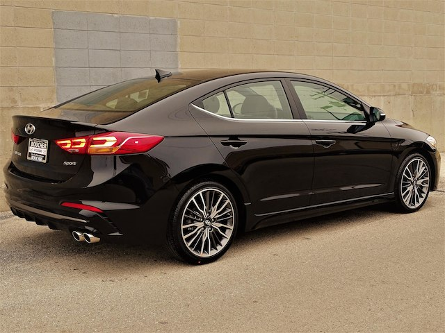 new 2018 hyundai elantra sport sedan in the milwaukee area 18hn328 boucher auto group. Black Bedroom Furniture Sets. Home Design Ideas